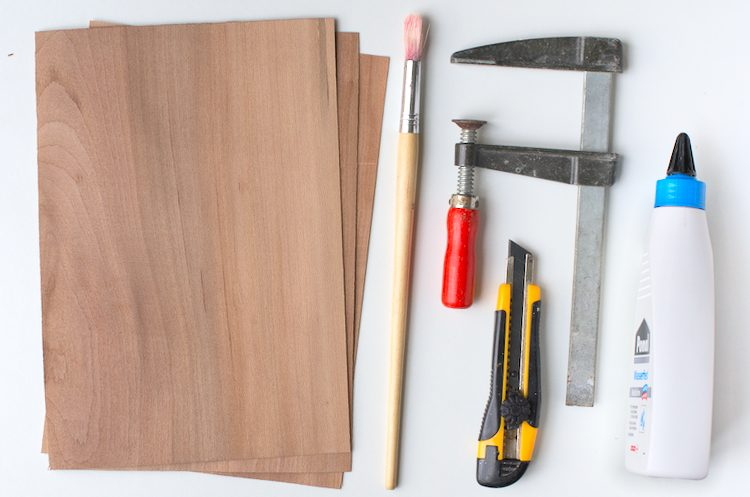 Material to make plywood from veneer