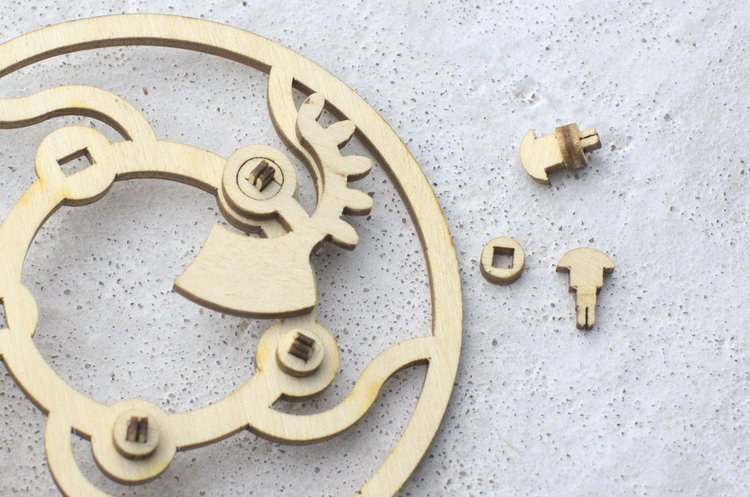 Laser cut pins for the mechanical iris prototype no. 2